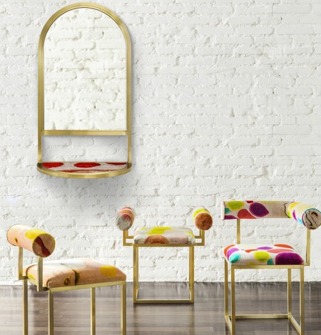 Secondome_Awaiting_Velvet mirror + stools_Giorgia Zanellato Coralla Maiuri